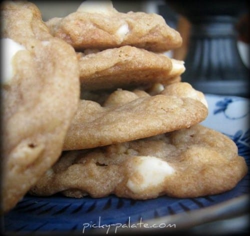 White Chocolate Cinnamon Toast Crunch Cookies... - Picky Palate