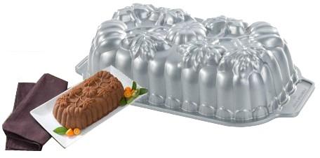 Nordic-Ware-57448-Pumpkin-Loaf-Pan