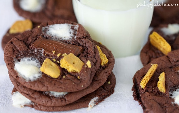 Chocolate Cake S'mores Cookies - Picky Palate