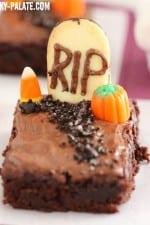 Image of a Fudgy Graveyard Brownie