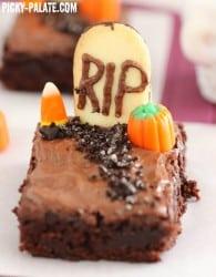 Graveyard Brownies 2