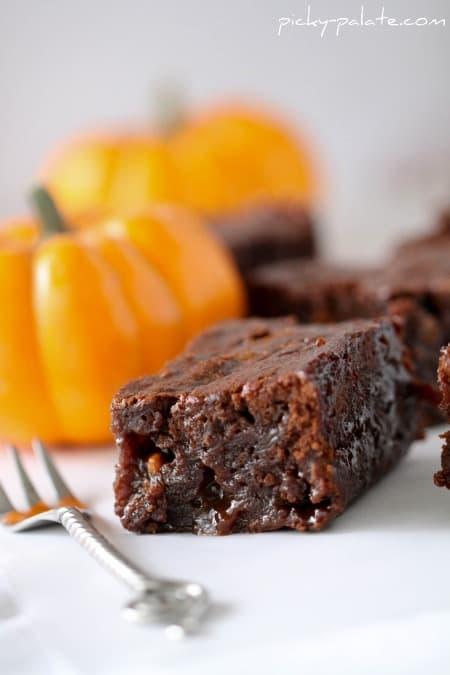 Gooey Pumpkin Butterscotch Brownies - Picky Palate
