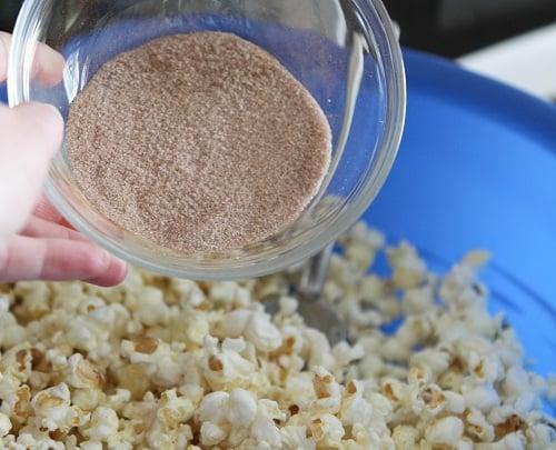 Cinnamon Sugar Mixture for Popcorn