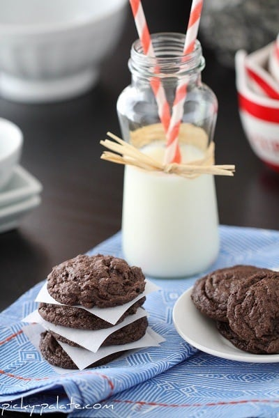 Chocolatey Cookies and Cream Cookies with a Glass of Milk