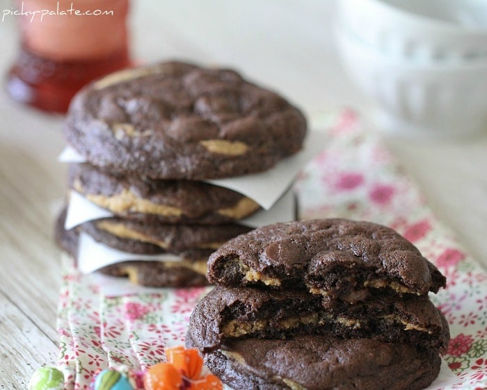 Image of Chocolate Fudge Peanut Butter Cookie Stuffed Cookies