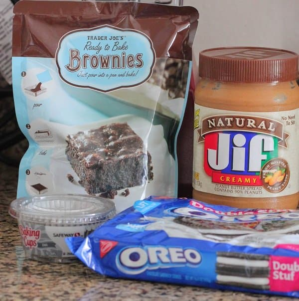 Image of Ingredients for Oreo Peanut Butter Brownie Cakes