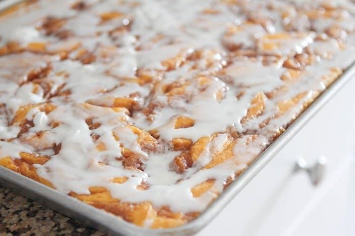Cinnamon Roll Pumpkin Vanilla Sheet Cake Picky Palate