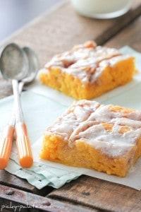 Cinnamon Roll Pumpkin Cake 2 057sm