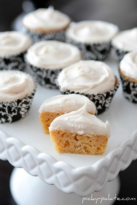 Sweet Potato Cupcakes with Cinnamon Sugar Cream Cheese Frosting ...