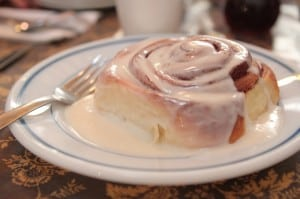 Farm House Restaurant Cinnamon Roll