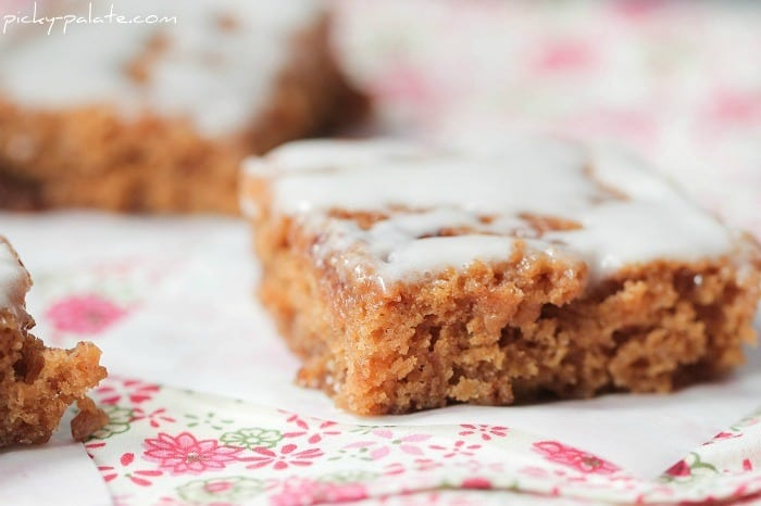 Image of a Cinnamon Roll Gingerbread Bar