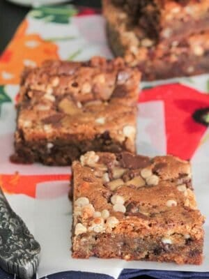 Image of Malted Chocolate Chip Cookie Bars