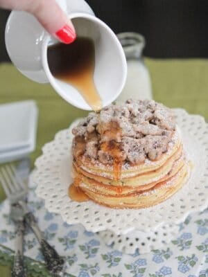 Image of Chocolate Chip Cookie Dough Crumble Pancakes