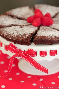Chocolate Flourless Cake 3