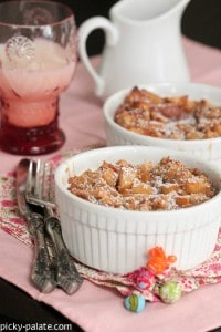 Apples and Spice Cinnamon Bread Puddin 1