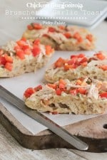 Chicken Gorgonzola Bruschetta Garlic Toast 4 text
