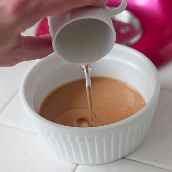 Peanut Butter Cup Magic Shell - Picky Palate