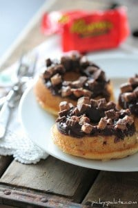 Reeses Peanut Butter Cup Baked Donuts