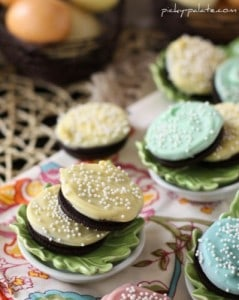 White Chocolate Dipped Oreo Cookies