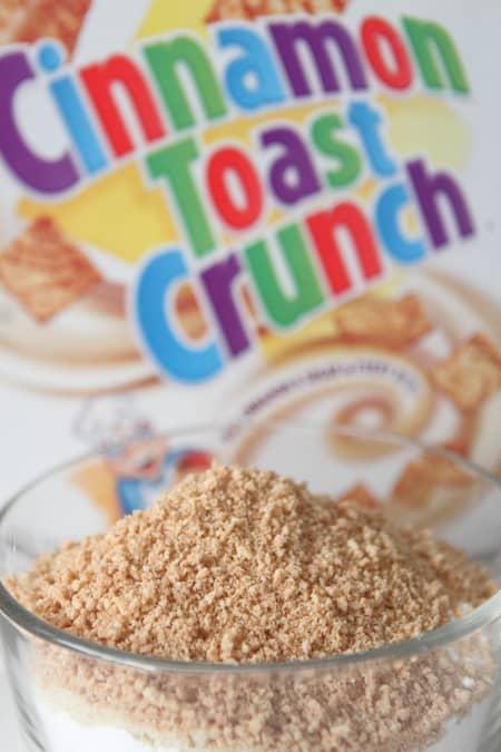 Cinnamon Toast Crunch Macarons-5