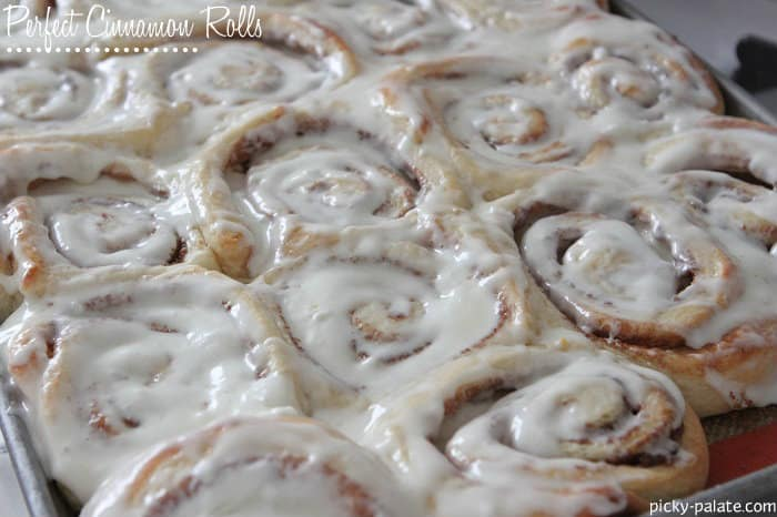 Perfect-Cinnamon-Rolls-4-text1