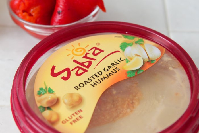 Cheesy Chicken Arugula Hummus Tarts-4