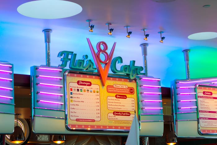 Flo's V8 Cafe Review-15