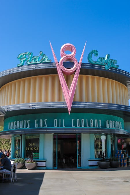 Flo's V8 Cafe Review-16