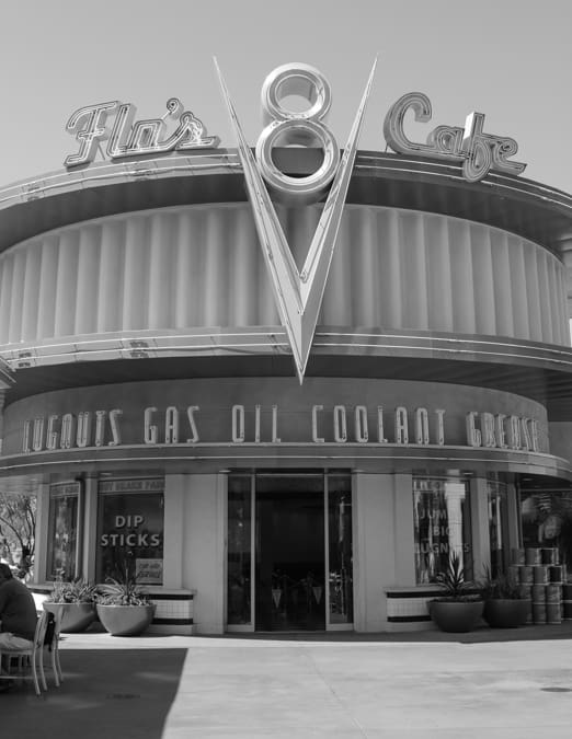 Flo's V8 Cafe Review-17
