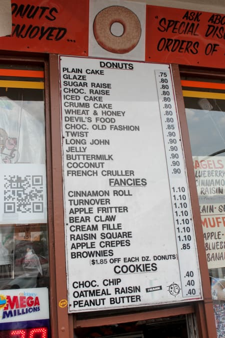 Randy's Donuts Review-4