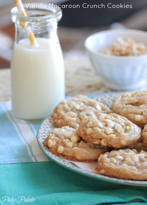 Vanilla Macaroon Crunch Cookies-17t