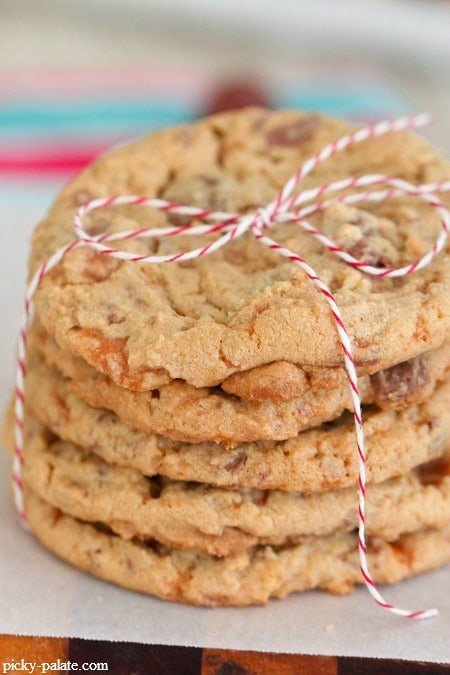 Butterfinger-Peanut-Butter-Chocolate-Chunk-Cookies-6