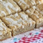 Iced Lemon Poppyseed Shortbread Bars