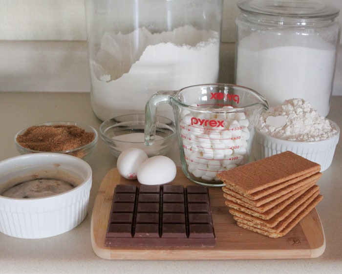 Brown Butter Chocolate Chunk S'mores Cookie Recipe-1