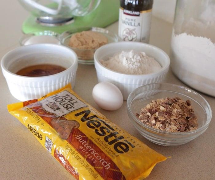Butterscotch Oatmeal Brown Butter Cookie Bars-1