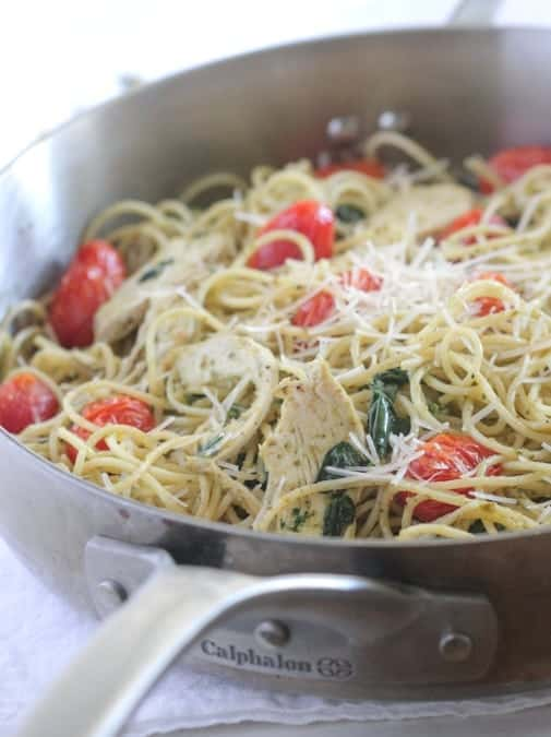 Roasted Chicken and Tomato Pesto Spaghetti Florentine