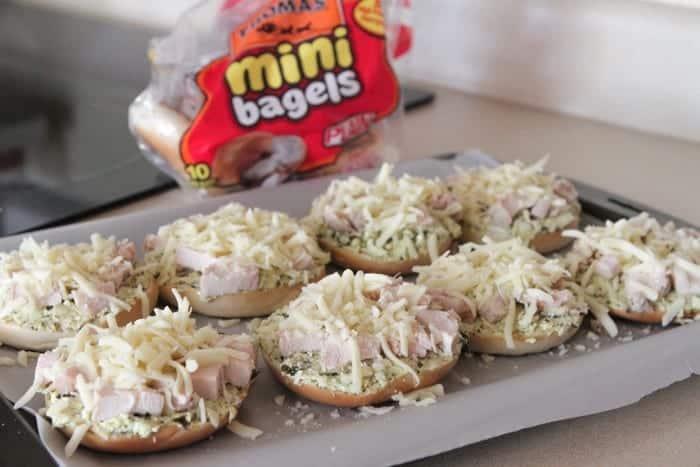 Creamy Chicken Pesto Pizza Bagels