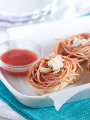 Garlic Toasted Spaghetti Boats