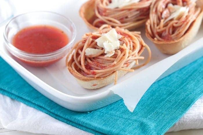 Garlic Toasted Spaghetti Boats
