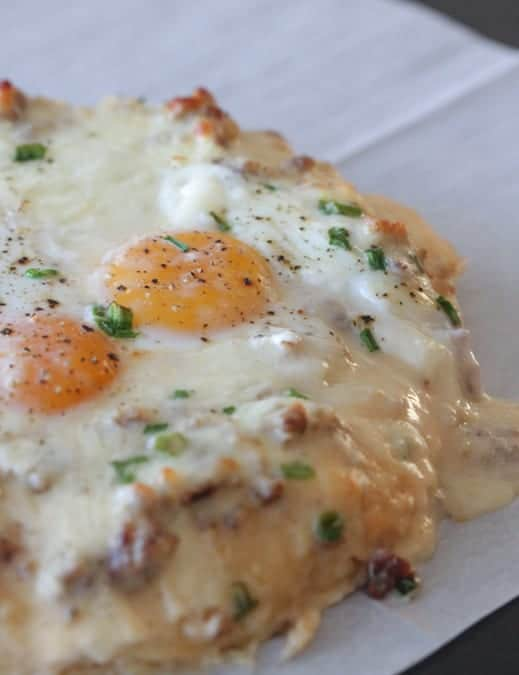 Sausage and Gravy Breakfast Pizza