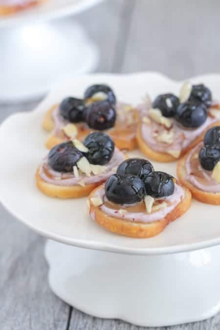 honey almond blueberry bagel bruschetta picky palate