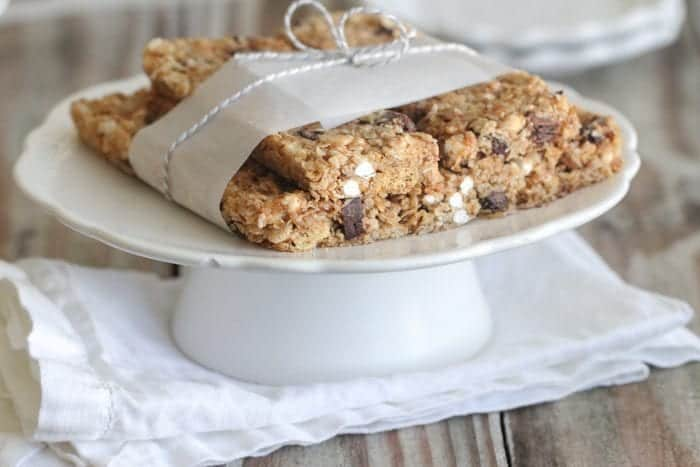 Homemade S'mores Granola Bars - Picky Palate