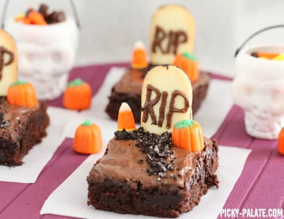 last minute halloween recipes fudgy graveyard brownies