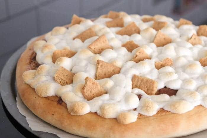 Peanut Butter S'mores Dessert Pizza
