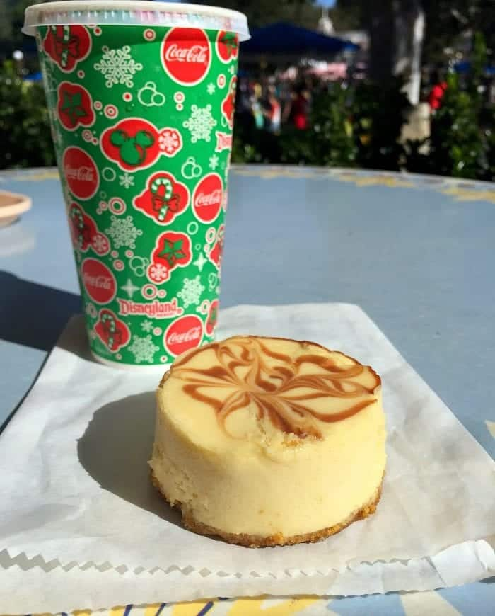 The Best Christmas Treats at Disneyland Park