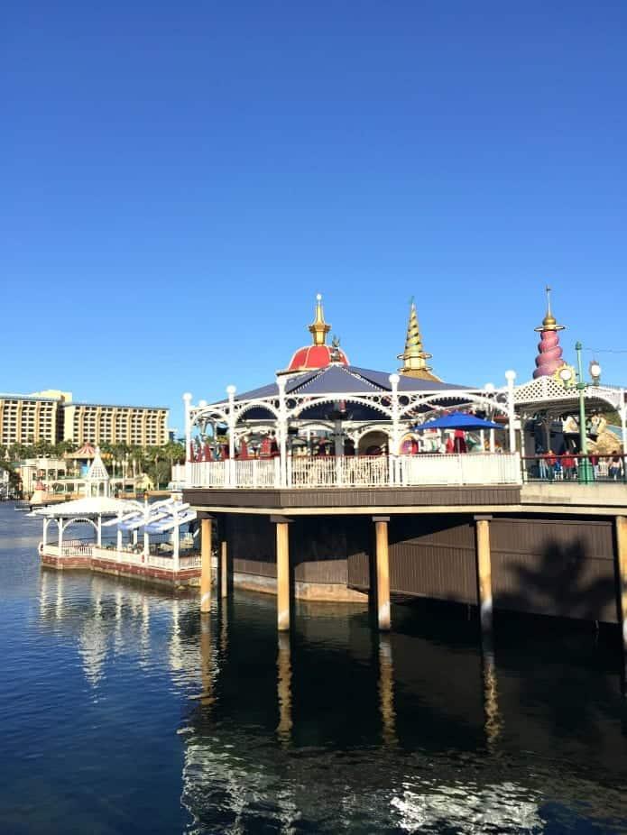Disney California Adventure's Cove Bar