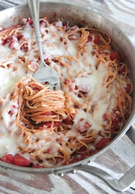 One Pot Cheesy Spaghetti