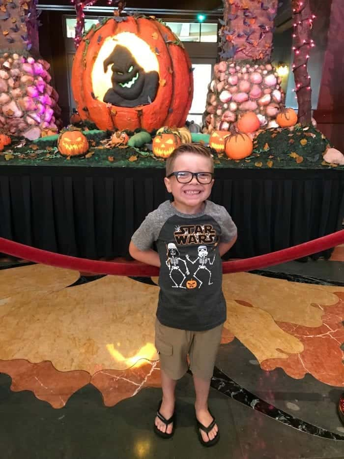 Tips For Taking Your Preschoolers To Disneyland During Halloween Time