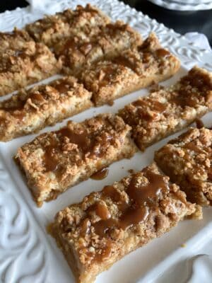 squares of pumpkin bars