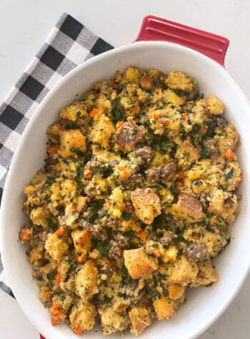 baked thanksgiving stuffing
